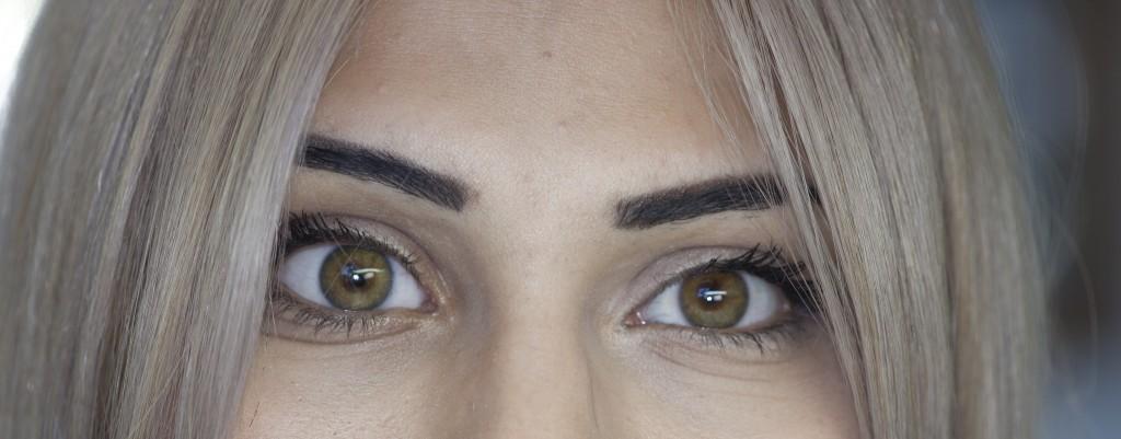 close-up-of-digital-prosthetic-eye